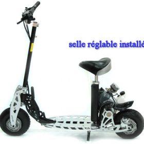 Trottinette à moteur essence moped 49cc