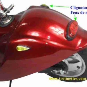 Clignotants et feux de stop pour trottinette électrique surfer pliable avec selle