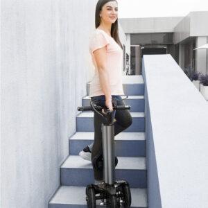 Trottinette électrique femme 3 roues pliable super léger, pour emmener dans ascenseur, bureaux, bus, métro, camping car, bâteau …