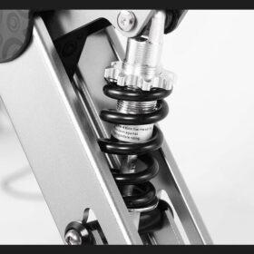 Vélo électrique 3 roues pliable super léger, équipe d'un gros ressort pour maximum de confort.